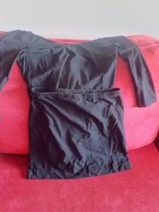 Falda de tubo de H&M, camiseta H&M (2014)
